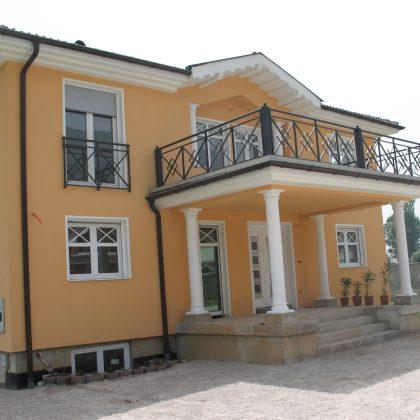 KARO, srebrna, bela, Hrvaška, 2006, 2-1